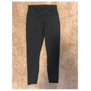 Brand NEW fabletics capri leggings